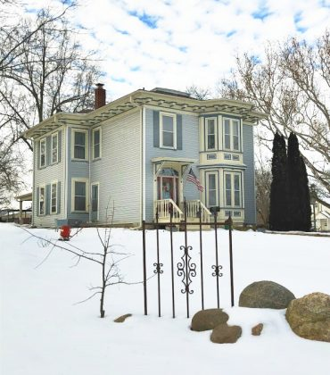 Winter in beautiful Iowa-peppermillbnb-bnb