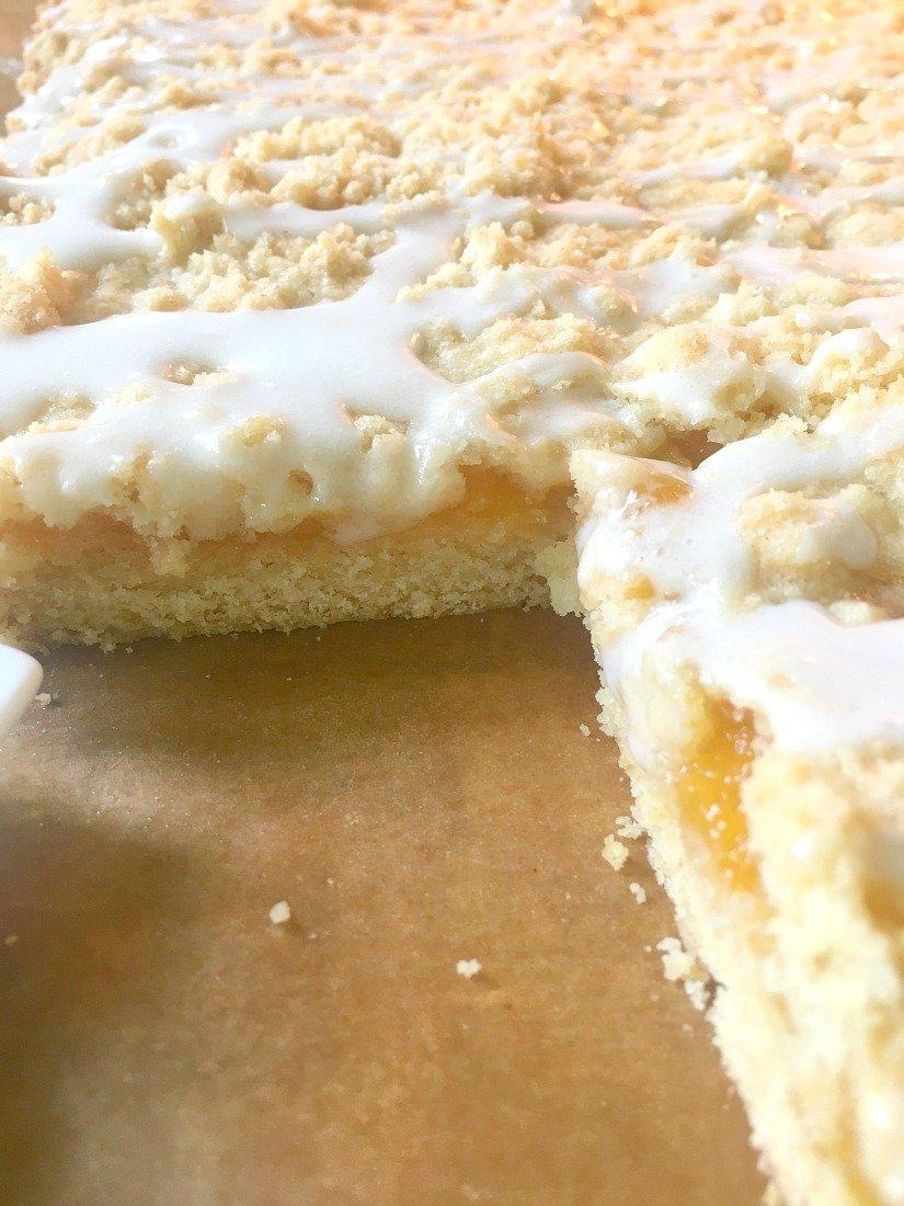 Amazing Glazed Peach Crumb Bars-peppermillbnb-yum