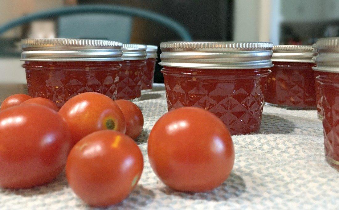 Sweet Summer Tomato Salad-pbnb-jam